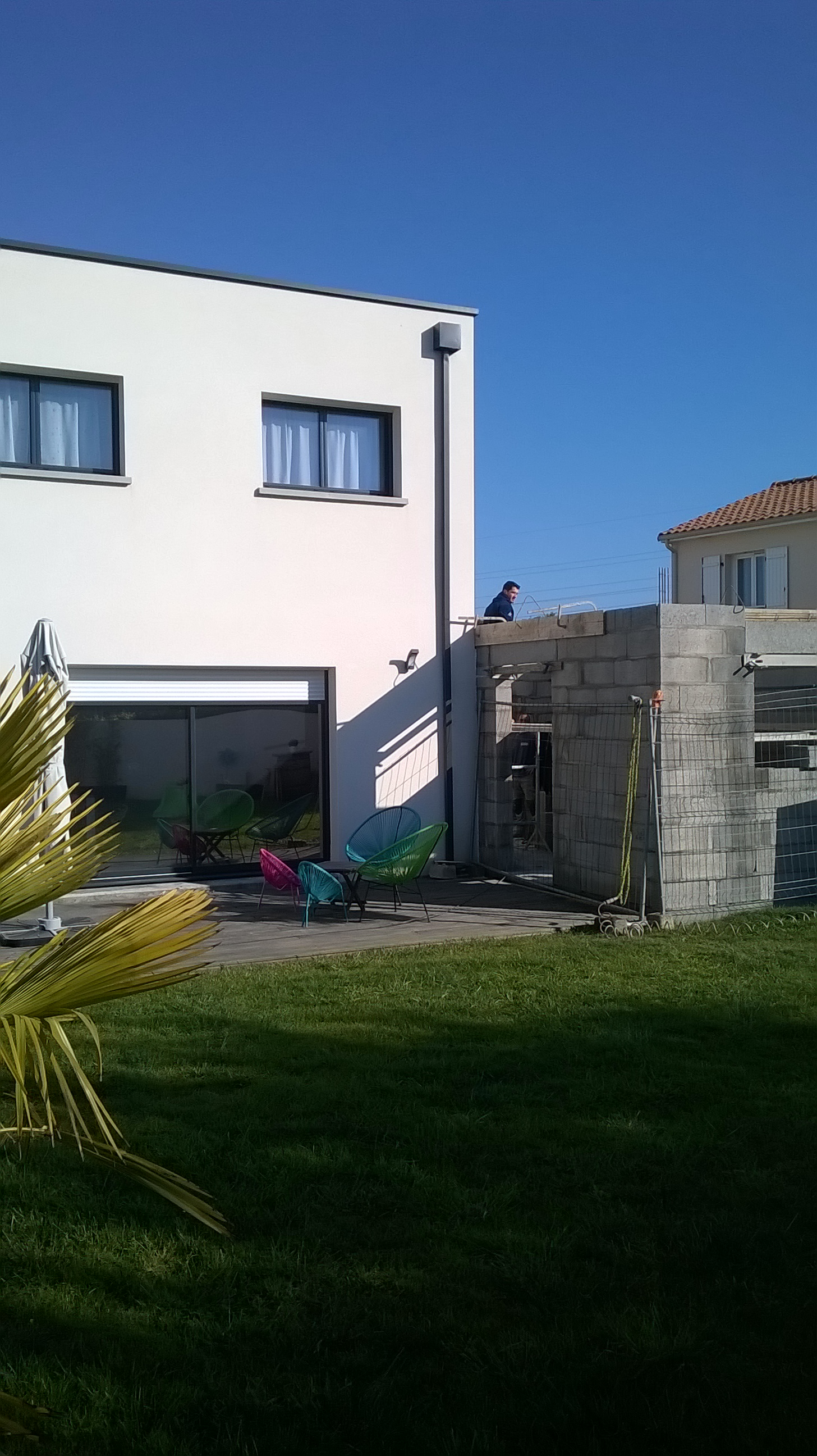 Extension maison contemporaine toiture terrasse (REZÉ) – CoTT